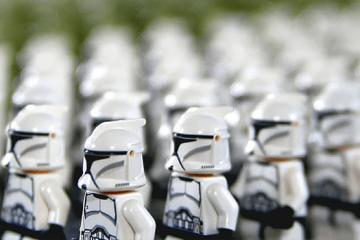 armée de clone symbolisant la multidiffusion d'une offre
